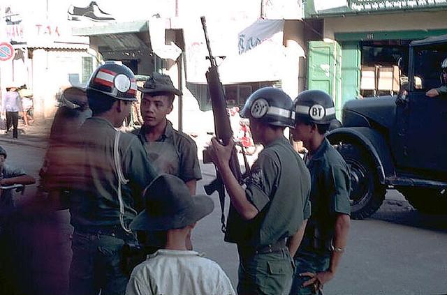 Một buổi trưa ở Phan Thiết, năm 1968 - Quân Cảnh VN - Photos by Ed Blanco