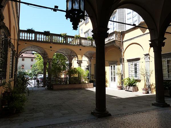 association des commerçants de Lucca