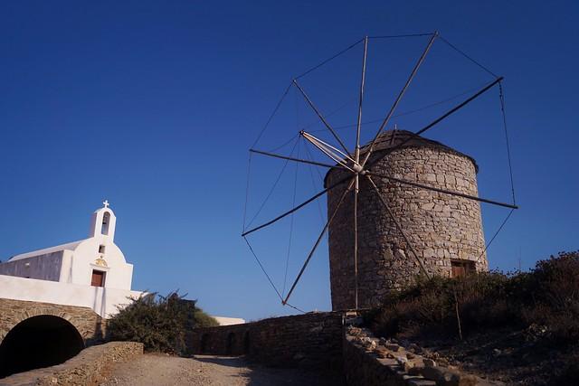 Schinoussa  - Chora - moulin 3