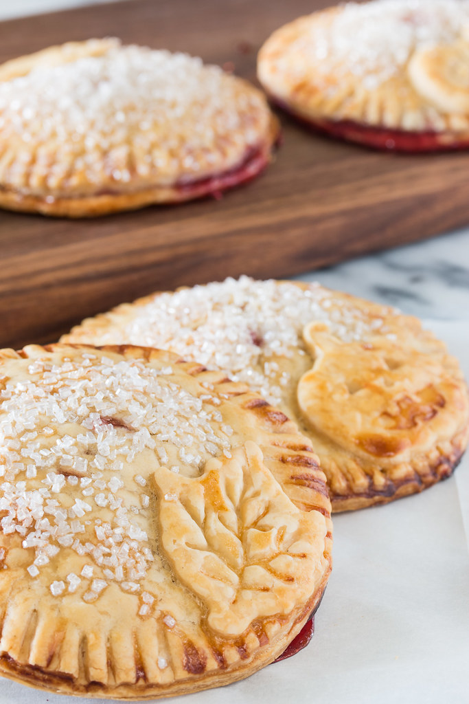 Winter Spice Raspberry Holiday Hand Pies #raspberrydessert