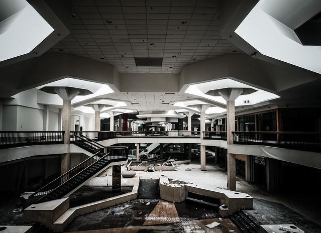 Randall Park Mall 2014