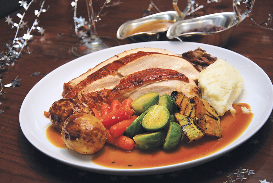 Roast-turkey-Arthurs-Bar-Grill-shangri-la-hotel-kl