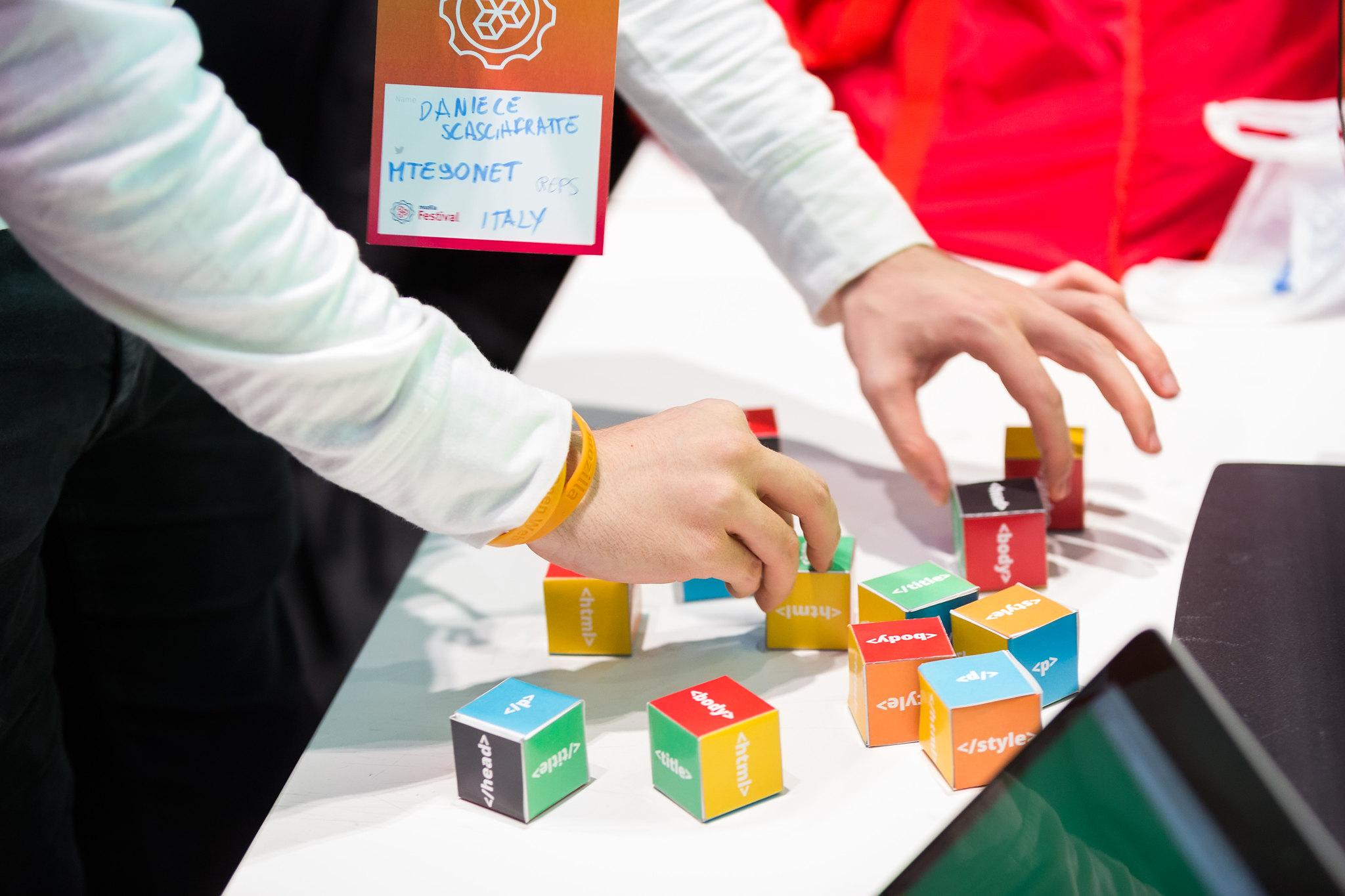 HTML Puzzle Boxes