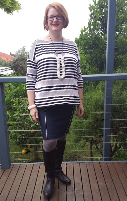 Tessuti Mandy top in Darn Cheap Fabrics knit with Colette Mabel skirt in M Recht denim