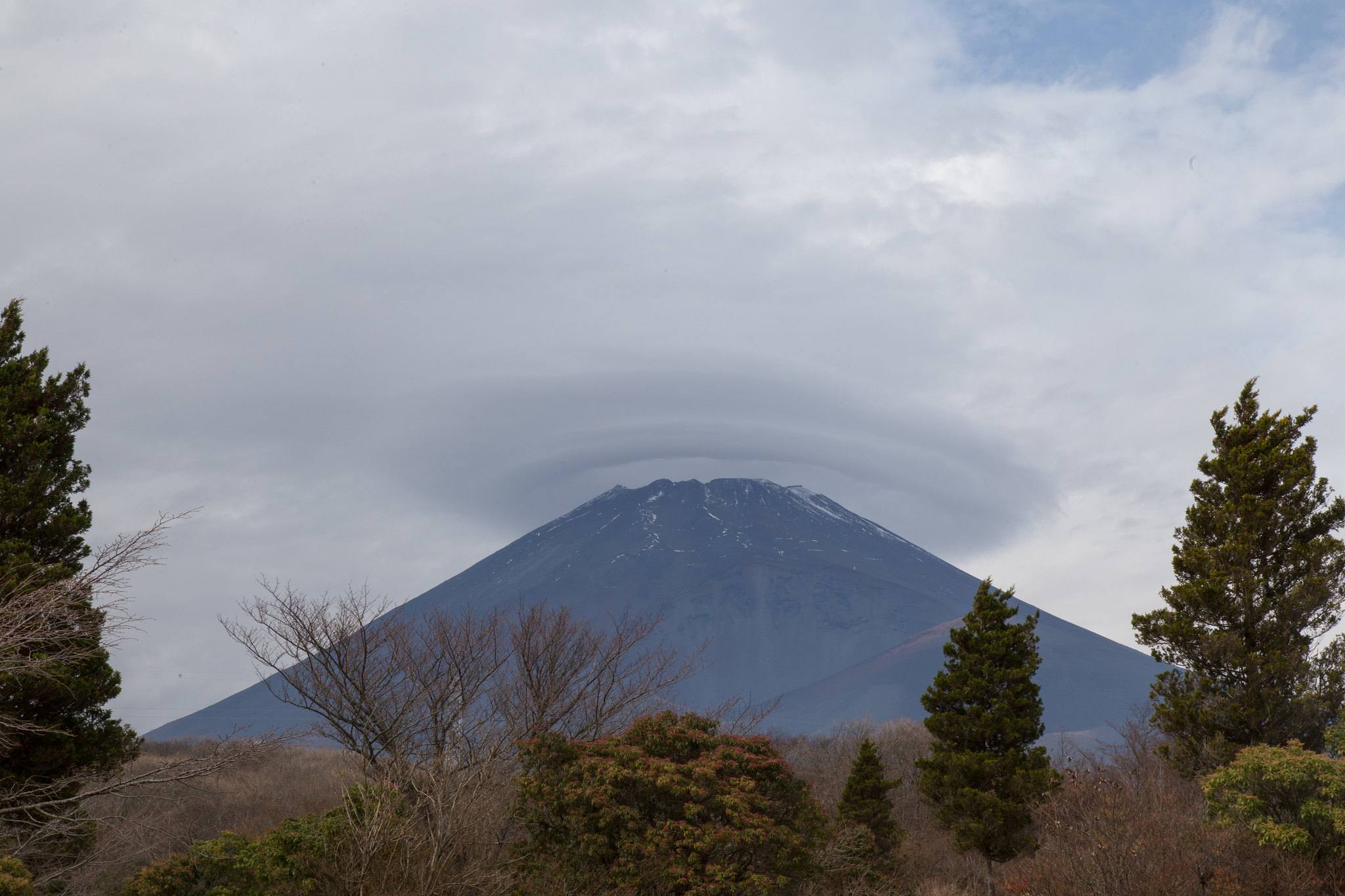 2015-11-17 富士山の笠雲 001