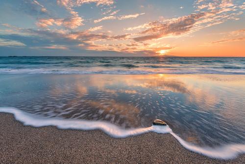 ocean travel sunset motion beach water japan clouds coast sand nikon pacific sandy wave chiba leslie taylor 日本 旅行 tateyama 千葉県 波 d610 砂 浜 日の入り 館山 lestaylorphoto