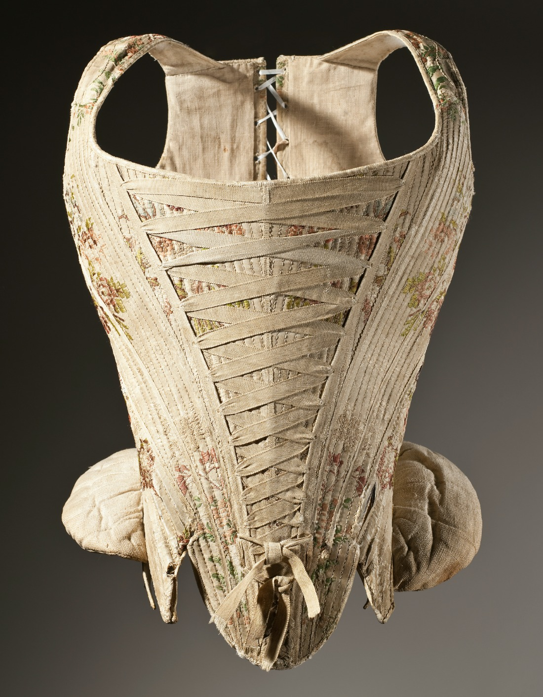 Woman's corset (stays) c. 1730–1740. Silk plain weave with supplementary weft-float patterning, stiffened with baleen. Los Angeles County Museum of Art