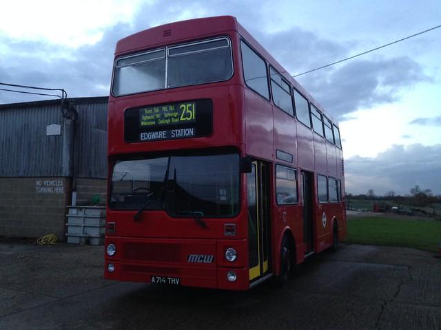 Metrobus on route 251?, Apple iPhone 5c, iPhone 5c back camera 4.12mm f/2.4