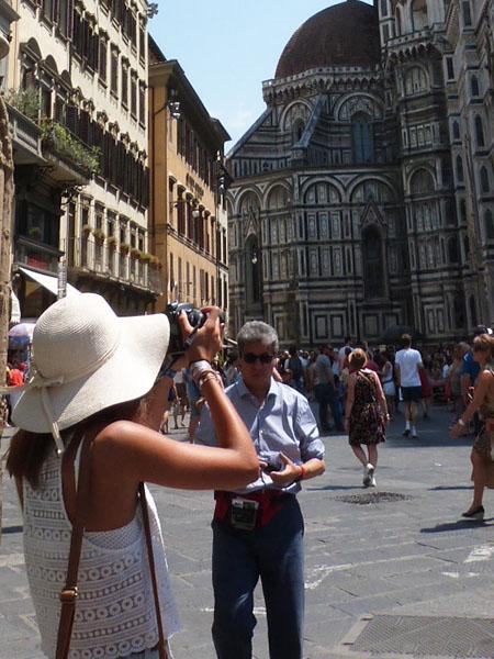 tourisme devant le duomo