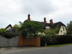 Godmanchester to St Ives 047: Thatched Cottage, Hemingford Abbots
