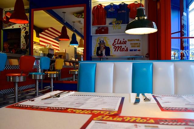 Booths at Elsie Mo's Diner, Canterbury | www.rachelphipps.com @rachelphipps