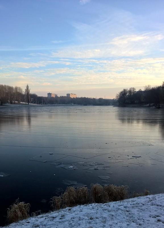 пруд и лёд  | ХорошоГромко.ру