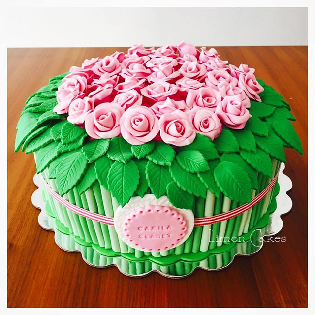 Flowers Cake by Ilimon cakes