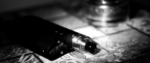 Vapor Flask by VaporShark DNA 40