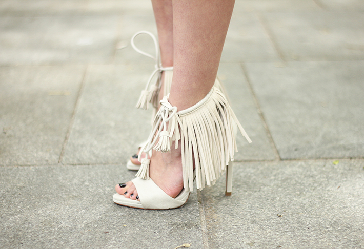 How To Wear Fringes Summer Outfit03