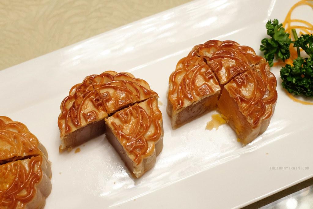 21088642726 697f79aef2 b - Mooncake Festival Feast at Crystal Jade Dining In
