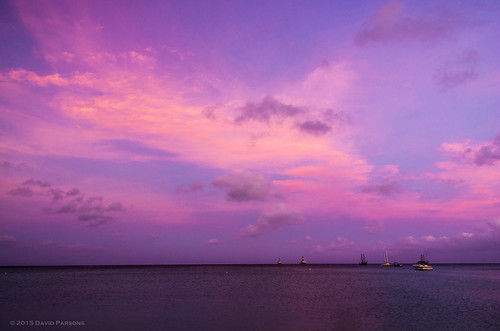 ocean sky water sunrise places aruba holidayinn caribbean palmbeach partlycloudy caribbeansea smcpda1645mmf40edal year38 pentaxk5
