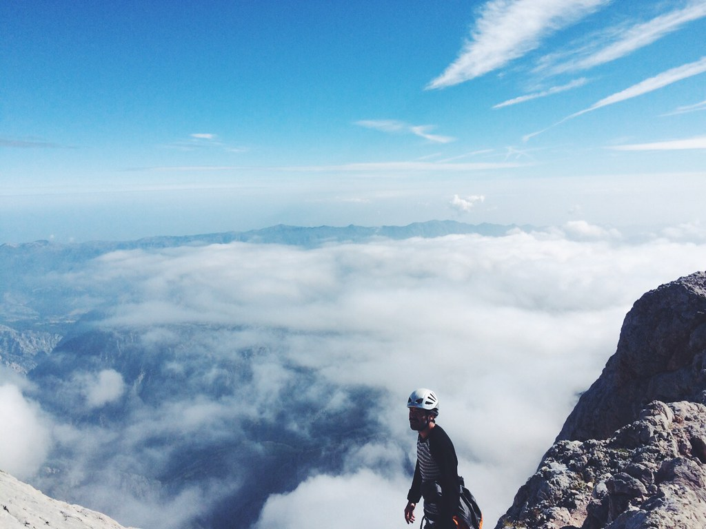_manlul_climb_lul_picos_de_europa_picu_urriellu_naranjo_de_bulnes_montaña_escalada_miguel_carrizo_