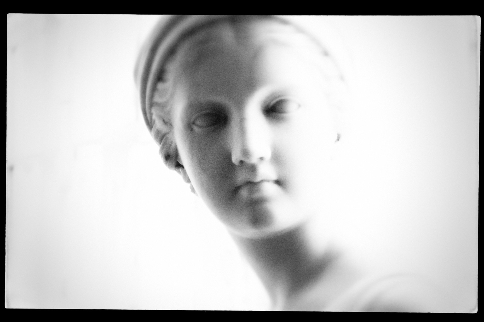 """Portrait of Chauncey Bradley Ives' """"Bust of Rebecca"""". High Museum. Sept 2015"""