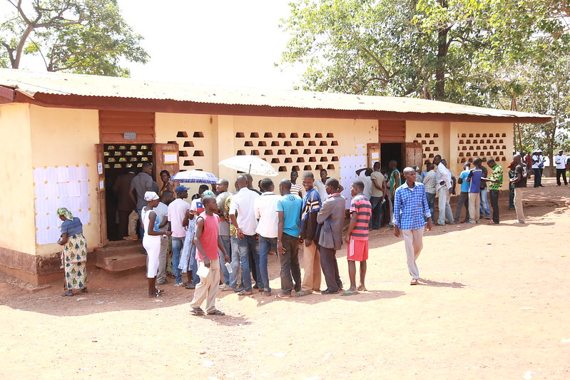 Intervention militaire en Centrafrique - Opération Sangaris - Page 21 23701091069_79ebdb34dc_c
