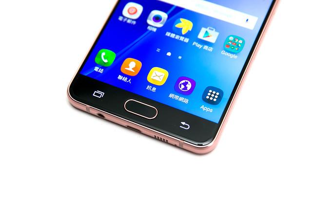 全面進化!Samsung Galaxy A7 (2016) 更快更好看更好拍! @3C 達人廖阿輝