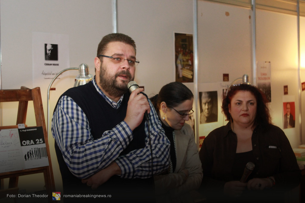Lansare_de_Carte_FARA_INCHISOARE_AS_FI_FOST_NIMIC_Bucuresti_19-11-2016_romaniabreakingnews-ro (13)