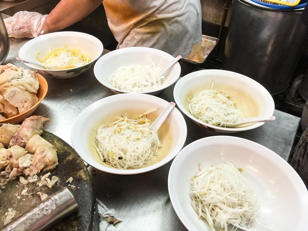 Heng Kee Curry Chicken Bee Hoon Mee