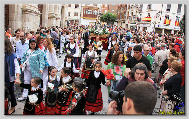 Briviesca en Fiestas 2.015 Procesión del Rosario y canto popular de la Salve (8)