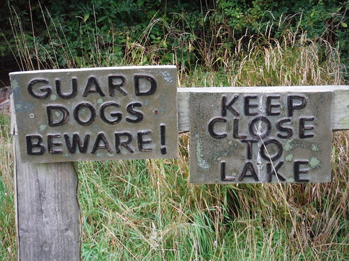 Signs by Stanstead Lodge