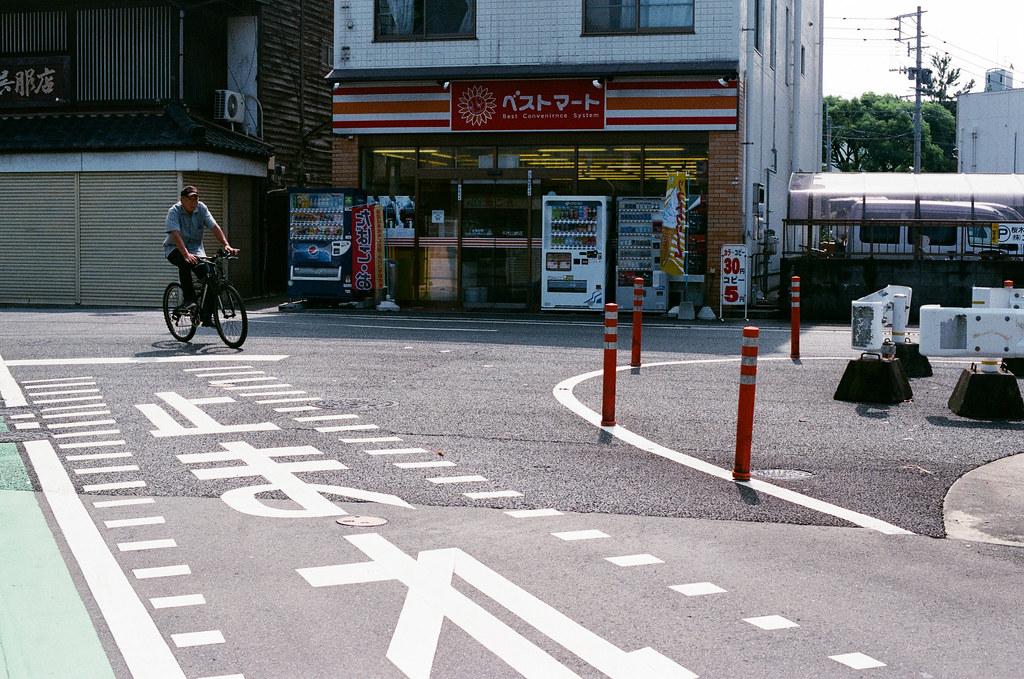 千代町 福岡 Fukuoka 2015/09/03 一個路口  Nikon FM2 / 50mm AGFA VISTAPlus ISO400 Photo by Toomore