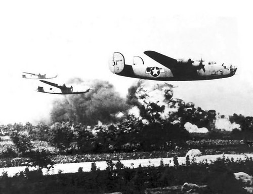 B-24_Liberators_Low_Level_Bomb_Run_Ploesti_Mission_1943