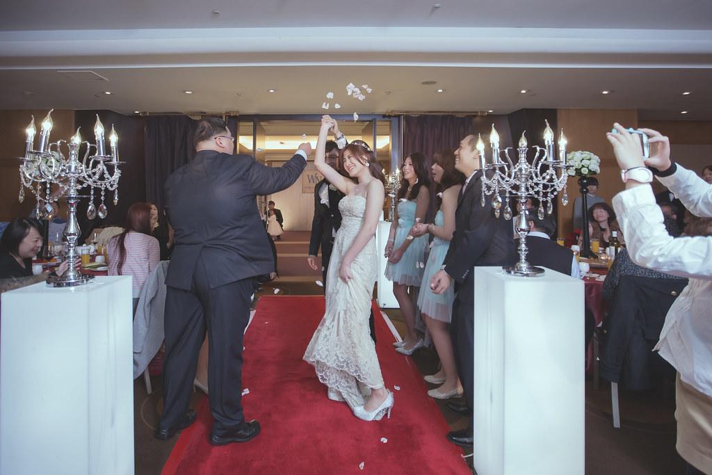 20150228六福皇宮婚禮記錄婚攝 (397)