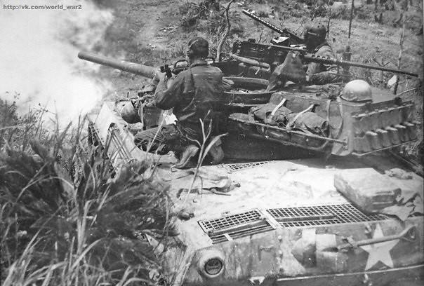 "American M18 tank destroyer ""Hellcat"""