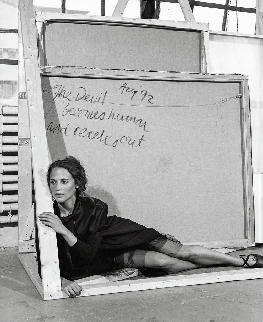 Алисия Викандер — Фотосессия для «DuJour» 2015 – 3