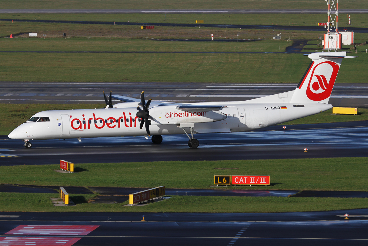 On the way to the stand after landing on RWY23R. Wearing a weird looking temporary scheme. Delivered 04/2008 to Sky Work.