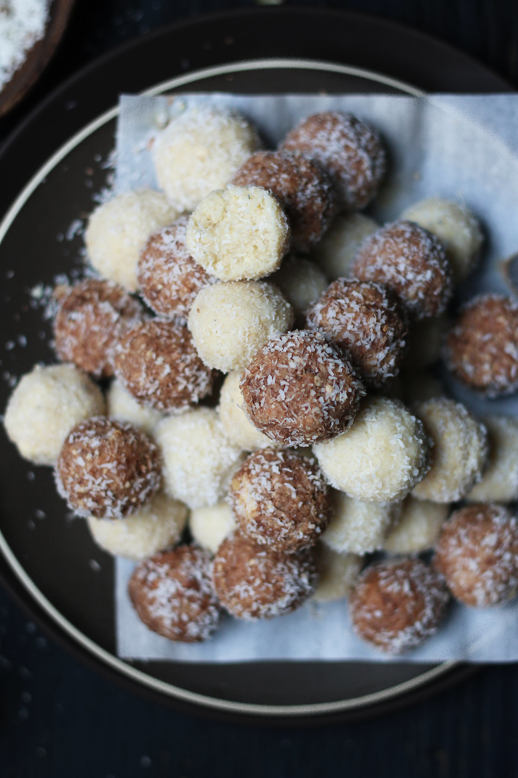 Easy 30 minute Coconut-Cashew-Chocolate Ladoo/Fudge