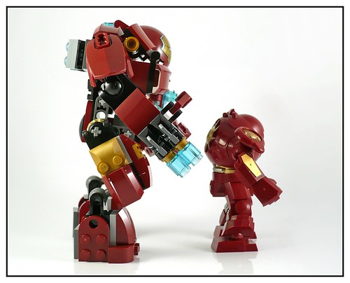 LEGO 76031 The Hulk Buster Smash 23