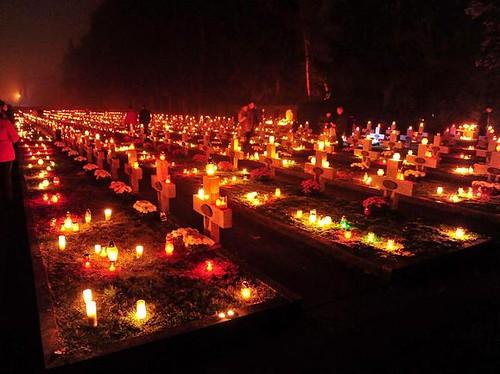 Ognissanti in un cimitero polacco
