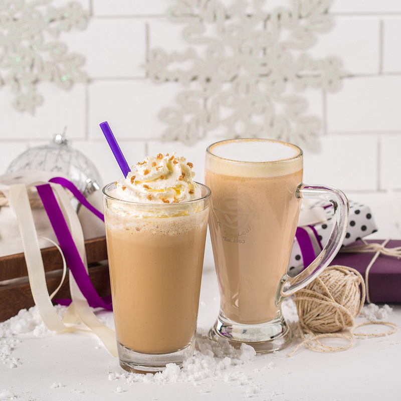 coffee bean and tea leaf holiday drinks