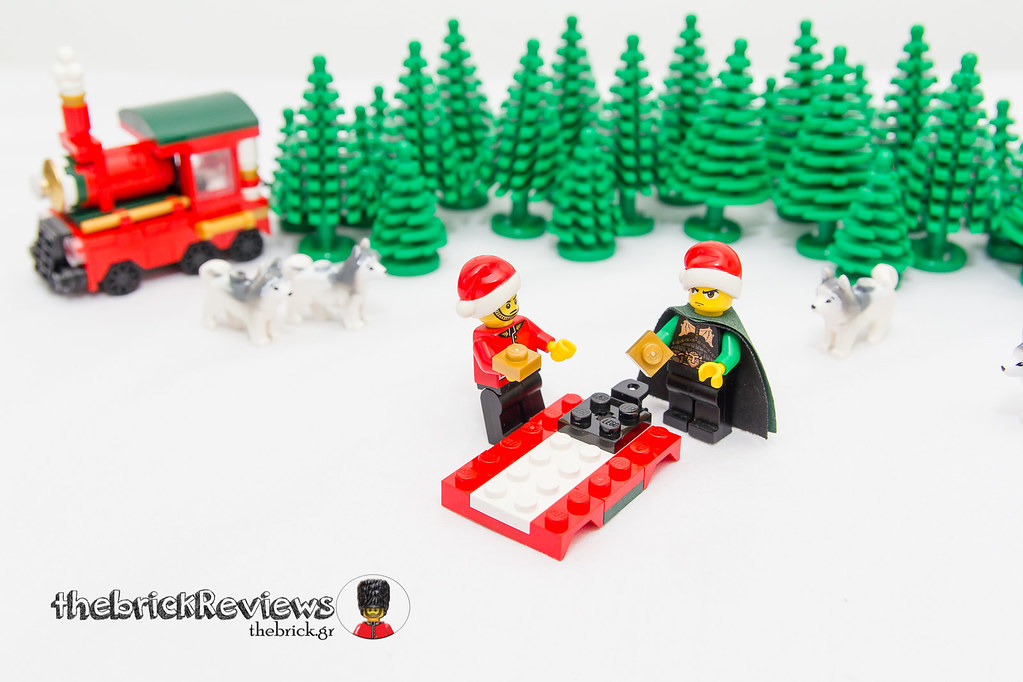 ThebrickReview: Christmas Train - 40138 - Limited Edition 2015 23610355112_62f910bd68_b