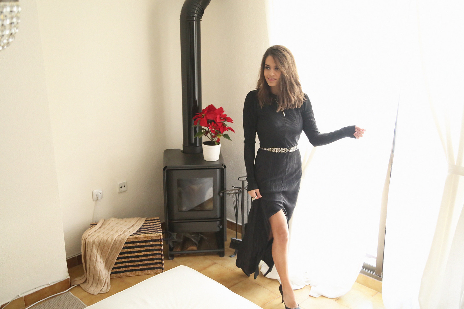 majorica joyas black long dress - jessie chanes 7