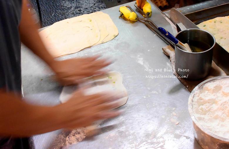 逢甲夜市排隊小吃美食酥皮蛋餅02