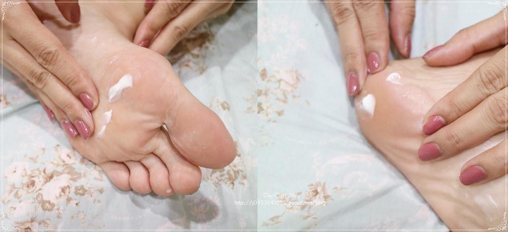 阿嬤的配方-嬰兒肌 極嫩水感 美足膜 (1)
