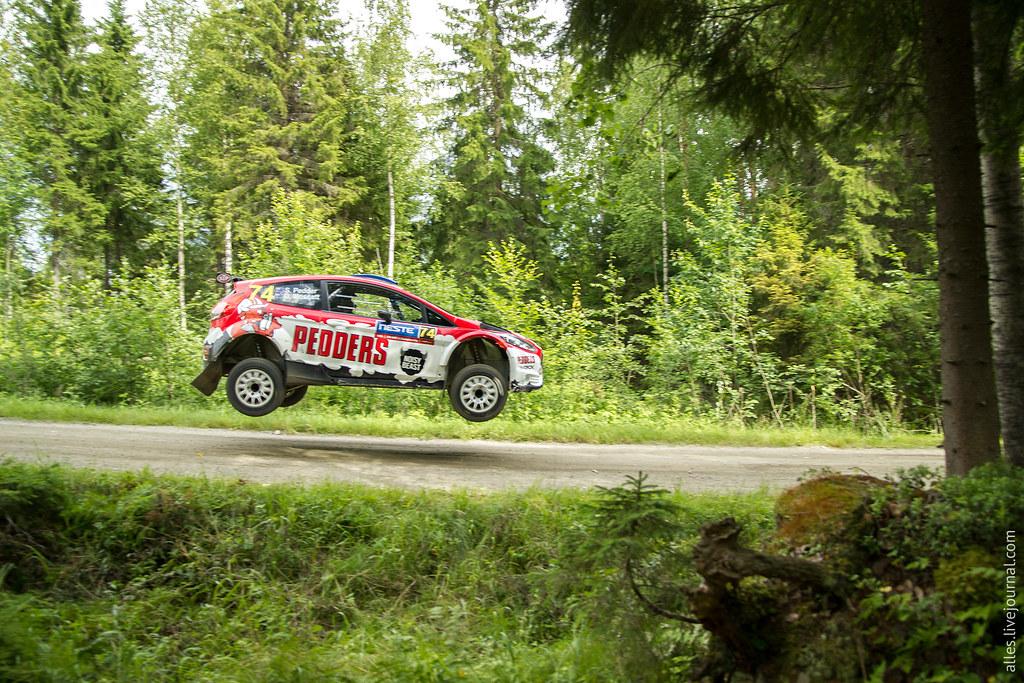 RallyFinland2015-Mokkiperra_74_jump
