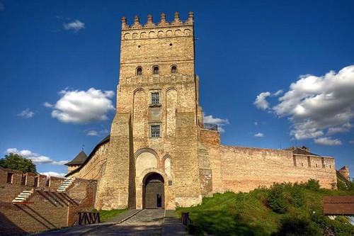 вежа луцького замку