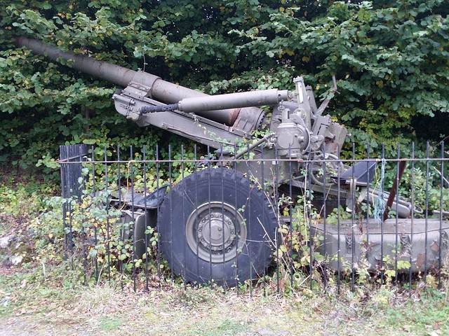 Artillery gun at the Northmore Arms
