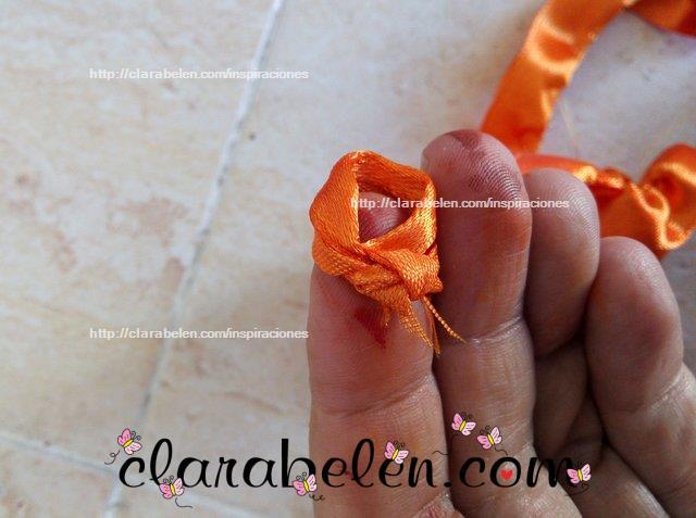 calabaza hecha con lazo de raso para felpa de niña