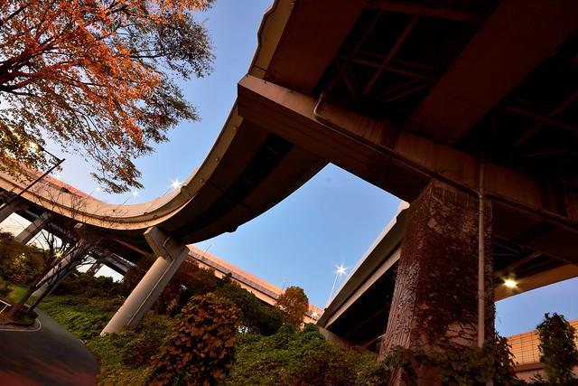 東京外環自動車道へと繋がるジャンクション部分