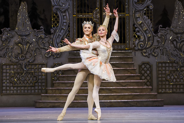 Steven McRae as The Prince and Iana Salenko as the Sugar Plum Fairy in The Nutcracker © 2015 ROH. Photograph by Tristram Kenton