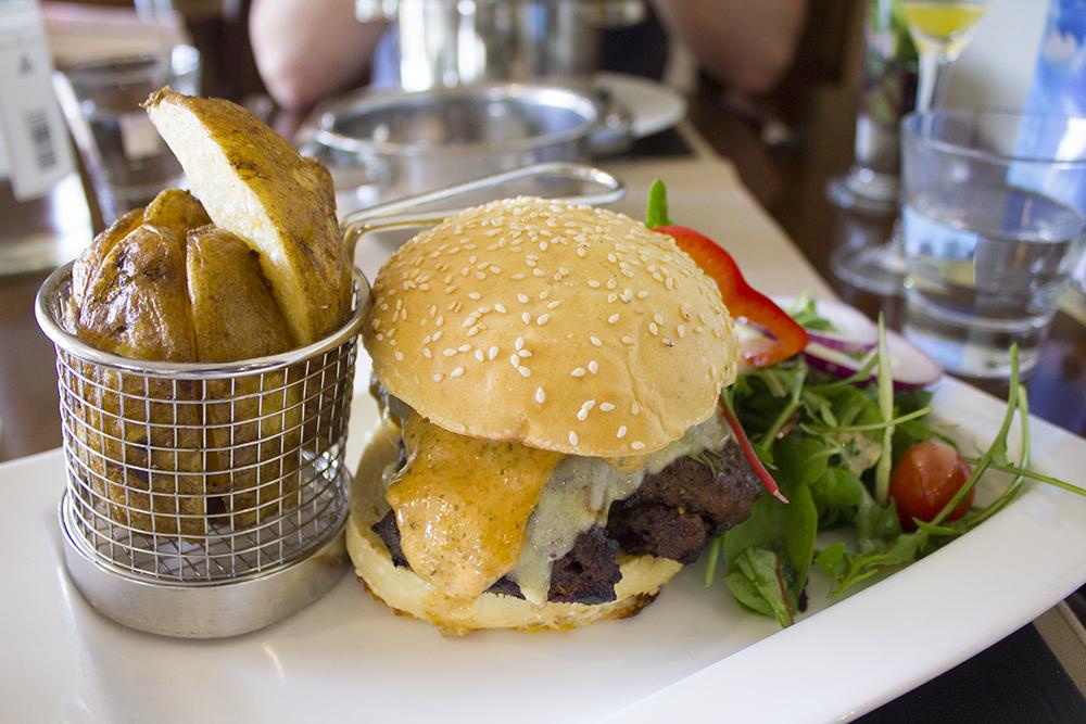 steak-burger-moddershall-oaks-review
